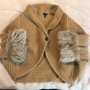 Escada Fur Chunky Knit Cocoon Wool Blend Sweater